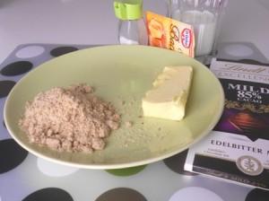Ingrediente Tort cu Lava de Ciocolata