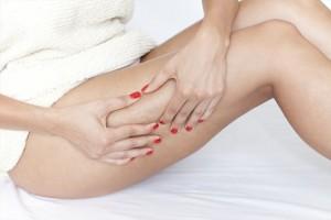 Exerciţii care te ajută să scapi de grăsimea de pe coapse şi fund