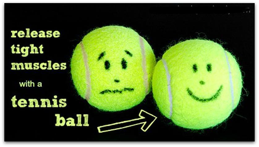 Masaj miofascial cu mingea de tenis