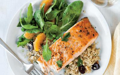 masa dupa antrenament - somon cu quinoa
